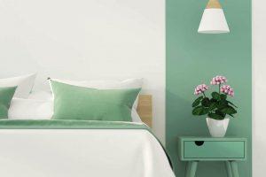 Trucs pour décorer une petite chambre : le canapé pliant